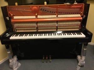 Nyinstallerat Feurich Silencer system på ett Feurich piano modell 122