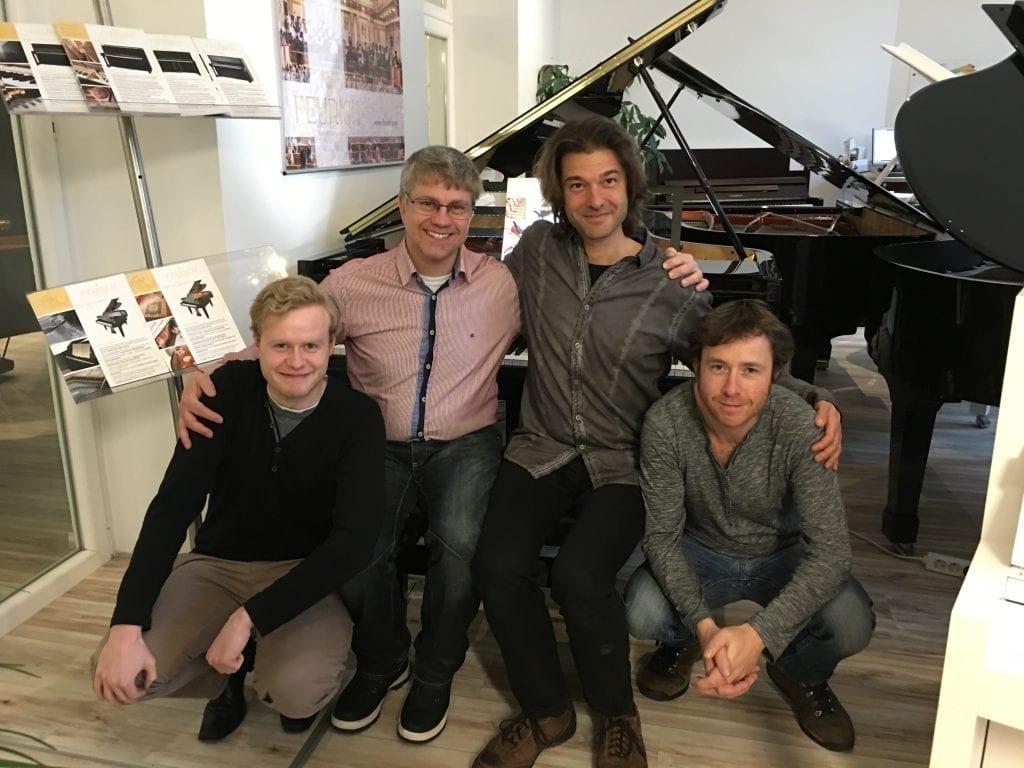 Niklas Riecken IT-specialist, Michael Thomasson - Feurich Sverige, Ernest Bittner - VD Feurich, Stuart Conagham - Försäljningschef Europa